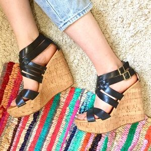 Korks Hailey black leather platform wedge sandals